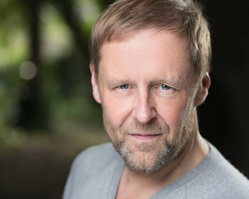 actor headshot Ken Fletcher